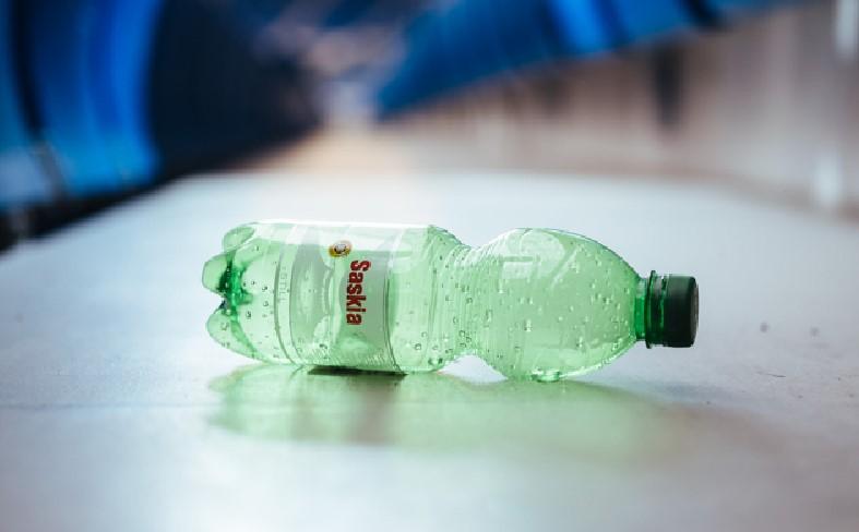 Saskia Flasche